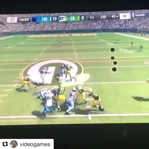 "Vine by House of Highlights (Official) - Aaron Rodgers ""Beast Mode"" rating in Madden 17? 💯 😂😂😂 (via videogames/IG)"