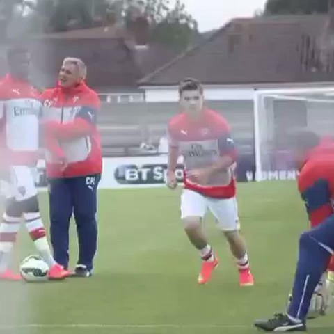 Rhys Iveys post on Vine - Stunning goal by Dan Crowley #Arsenal - Rhys Iveys post on Vine