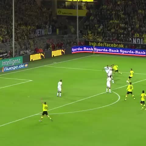 Soccer Beat Drops #BCAs post on Vine - Vine by Soccer Moments - Amazing Goal From Marco Reus lets Get it in the pop page #Soccermoments8 |Get Soccer Moments #BCA to 60K or i Will start to post less|