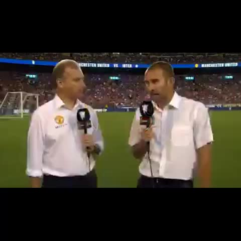 WorldStarFootball ☑️s post on Vine - Juan Mata shows his cheeky side #mufc #juanmata #mata #funny #football #soccer #futbol #sports - WorldStarFootball ☑️s post on Vine