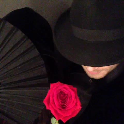 persiawhites post on Vine - HAPPY HALLOWEEN!!!!#JosephMorgan #persiawhite #scaryshit - persiawhites post on Vine