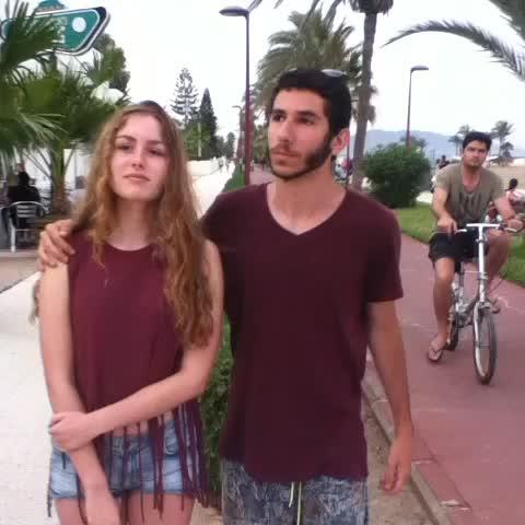 Alvaropses post on Vine - Vine by Alvaropse - Como cortar sutilmente con tu novia W/ @inesortega97 & @Alvaropse #HAGAMOSVINE #VineIberico #Alvaropse