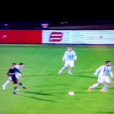 HaydiKalkAyağas post on Vine - goooooool Beşiktaş 1-0 Partizan Veli Kavlak - HaydiKalkAyağas post on Vine