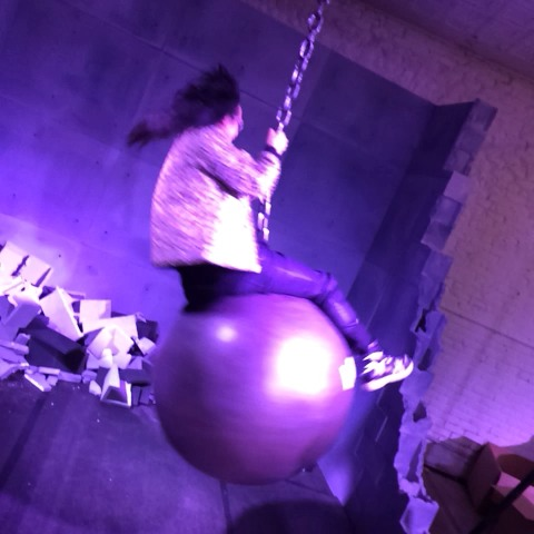 Lance Ulanoffs post on Vine - In case youre wondering what a Digital Prophet looks like on a wrecking ball. cc: @shingy #MashSXSW #sxsw2014 - Lance Ulanoffs post on Vine