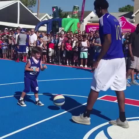 Vine by House of Highlights (Official) - Joel Embiid is in midseason form (via Sixers)