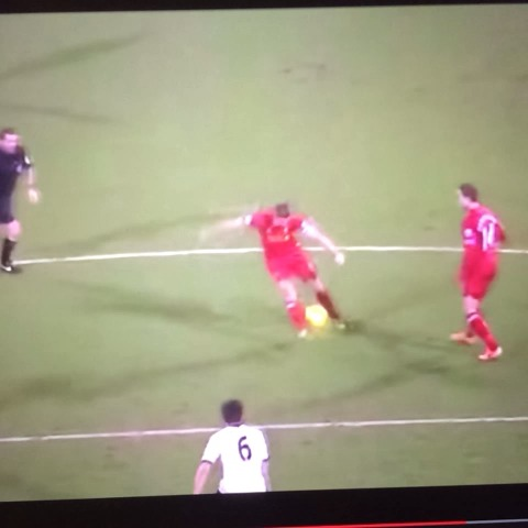 Dan Wilcoxs post on Vine - Gerrard assist vs. Fulham. #LFC - Dan Wilcoxs post on Vine