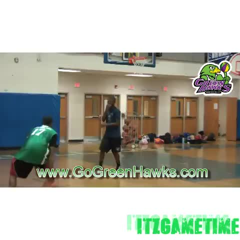 ItzGameTimes post on Vine - The kid got messed up on this one.... #nba #basketball #ITZGAMETIME #crossover #dunk #like #revine #loop #music - ItzGameTimes post on Vine