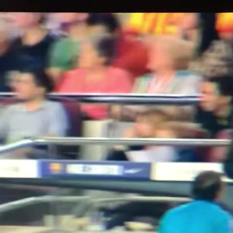 Antonino de Moras post on Vine - Messi negándose a ser cambiado - Antonino de Moras post on Vine