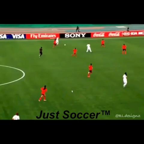Just Soccer™s post on Vine - Women are pretty good at soccer too you know 😏 - Just Soccers post on Vine