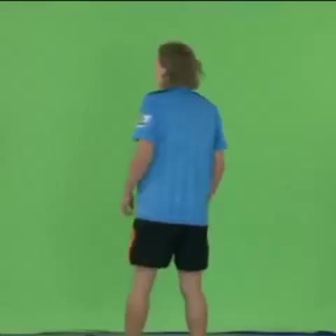SoccerAMs post on Vine - Throwback: Jimmy Bullard attempts the Sky Sports walk through. #SoccerAM - SoccerAMs post on Vine