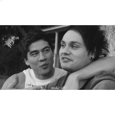 """Vine by muke af© - """" get us famous """" """" yeah, thatd be cool """" MY MALUM HEART IM CRYING"""