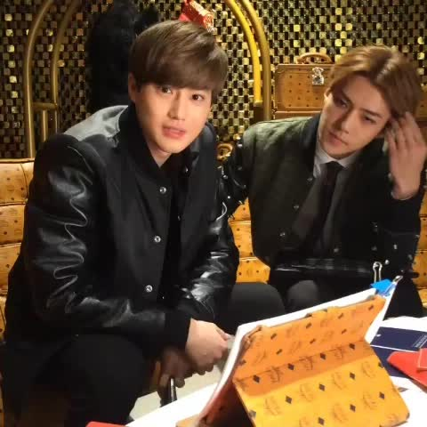141024 SEHUN SUHO from Vogue korea http://instagram.com/p/uiEaSPSaSE/ - KNOCK KNOCK!s post on Vine
