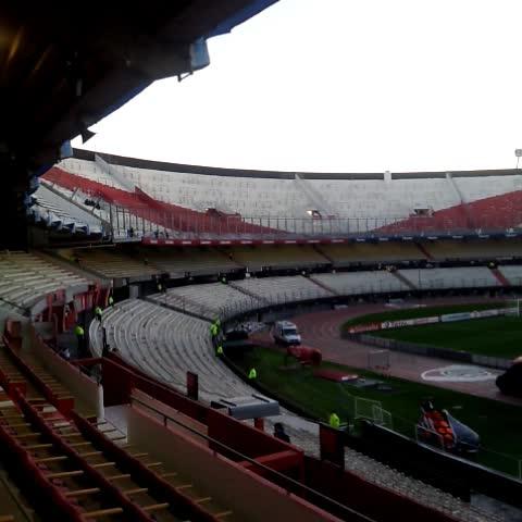 River Plate Oficials post on Vine - ¡Bienvenidos al Vine oficial de #River! Vas a tener acceso a contenido exclusivo a través de @CARPoficial - River Plate Oficials post on Vine