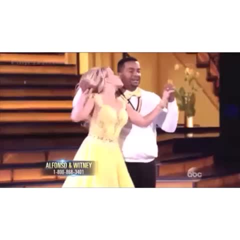 Barbarinos post on Vine - Vine by Barbarino - I have no words to describe my emotions right now #TheCarlton #FreshPrinceOfBelair #CarltonDance #DWTS