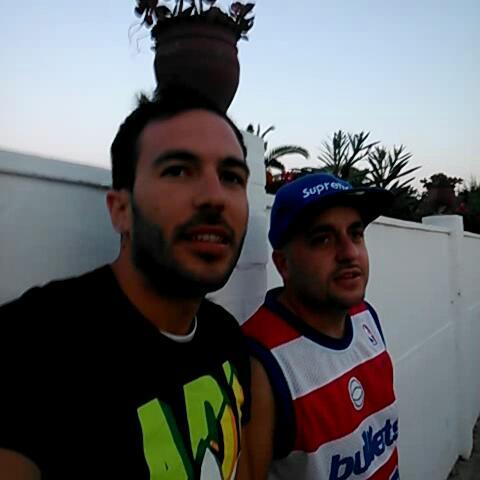 Diego Villalbas post on Vine - Esa lleva las bragas de mi madre... - Diego Villalbas post on Vine