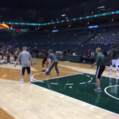 Milwaukee Buckss post on Vine - Jabari and Giannis hit the court to get ready for #MILvWAS - Milwaukee Buckss post on Vine