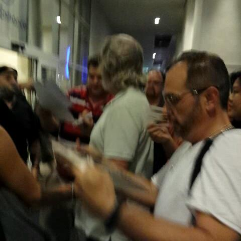 Jeff Bridges signing autographs at the Hilton Bayfront. Kevin Flynn! #SDCC - SD Comic Con Experts post on Vine