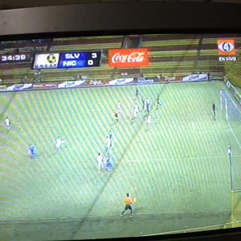 Gol de laSub-20. 3 a 0. - Anunciese aquis post on Vine