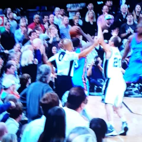 Vine by BBALLBREAKDOWN - I didnt even see this. Omg. @nunnbetterrefs how can the refs not call this???