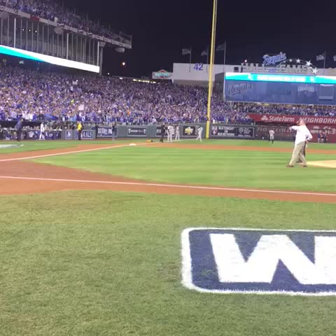 Baseball HOFer and Royals VP of Baseball Operations @GeorgeHBrett throws out tonight's #WorldSeries first pitch. #TakeTheCrown - Kansas City Royalss post on Vine