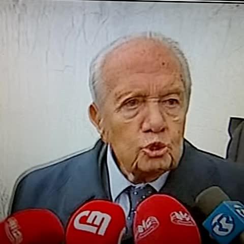Soares: toda a gente acredita na inocência de #socrates - Filipe Caetanos post on Vine