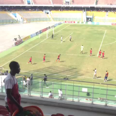 Vine by Accra Hearts Of Oak - Good afternoon and welcome to the Accra Sports Stadium. Team Hearts have just filed out to do the warmup. Pres Cup 2016 #AHOSC