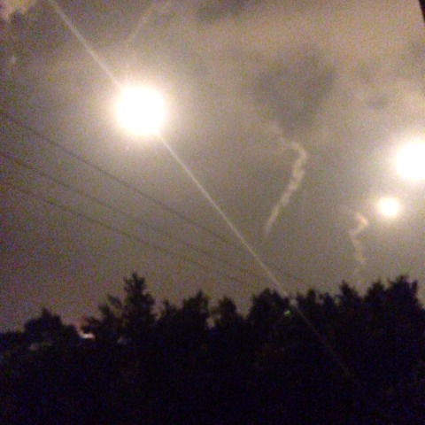 3:04am it should be too dark but as u can see flares turned darkness into light #Gaza - Farah Bakers post on Vine