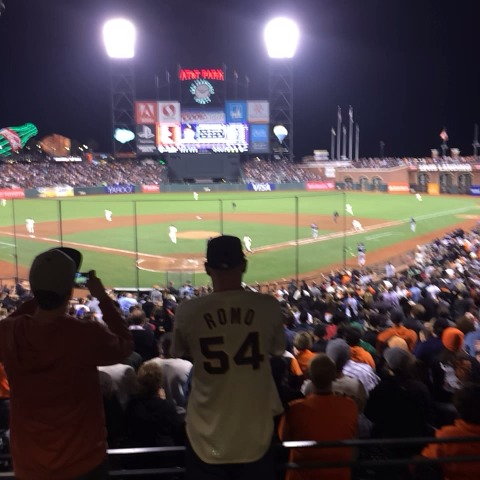 Th electricity builds #ATTPark #SFGiants #MadBum - San Francisco Giantss post on Vine