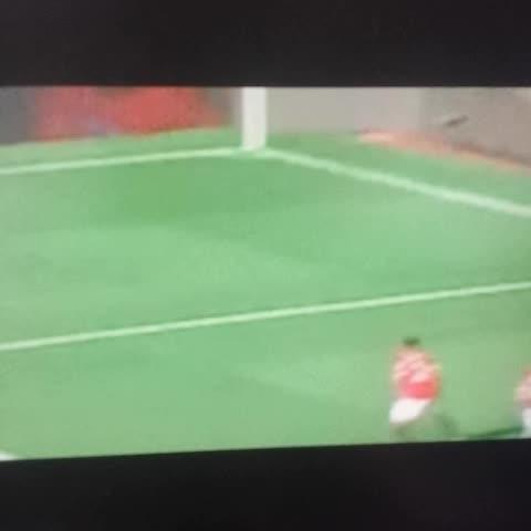 Did ref Mason injure Herrera? - Toms post on Vine