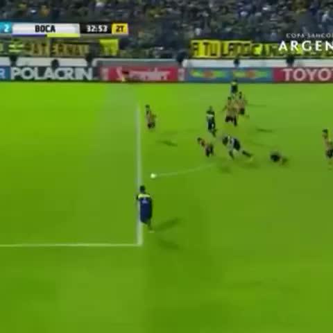 Vine by Boca Juniors - ¡Mirá el gol de #Pavón! Ahora, #Boca 2 - Santamarina 1.