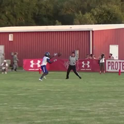 Vine by BIG COUNTY PREPS - For your lunchtime enjoyment, we give to you Armwood and #Arizona commit, Darrian McNeal 😯😯😯