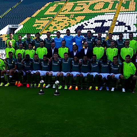 Club León Oficials post on Vine - La Fiera se tomó la foto oficial para el torneo Apertura 2014. - Club León Oficials post on Vine
