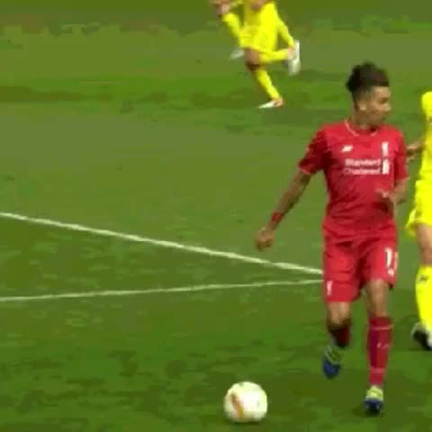 Vine by Fool Of Soccer - Moves like Jagger by Firmino. #lfc #uel
