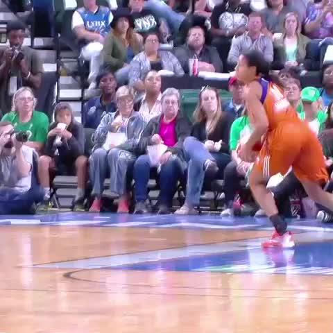 Vine by WNBA - Maya Moore with the instant offense off the TO gets our #PlayOfThGame presented by @Spalding honors.