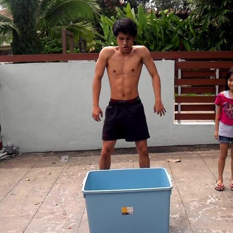 DanishFreds post on Vine - The most risky ice bucket challenge #ALSIceBucketChallenge #malayvines #DanishHyper - DanishFreds post on Vine