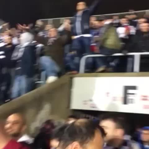 Tribun Dergis post on Vine - Ve Beşiktaş taraftarı Partizan stadında - Tribun Dergis post on Vine