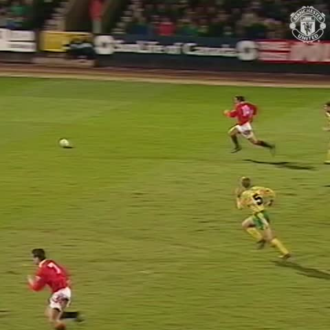 Vine by Manchester United - Cool, calm and collected - Andrei Kanchelskis v Norwich in 1993. #mufc