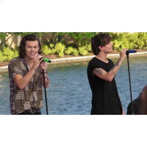 (use headphones) night changes pt.2 (left ear harry & right zayn) - Vine by empty arena edits - (use headphones) night changes pt.2 (left ear harry & right zayn)