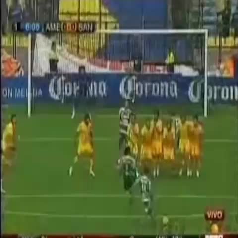 Beautiful Football Goalss post on Vine - Which one was your favorite save? 1st,2nd, or 3rd? And can you guess the keepers? - Beautiful Football Goalss post on Vine