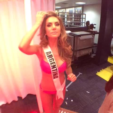 Vine by Miss Universo - Un pequeño adelanto ???? Just a little sneak peek #MissUniverso @valferrer19u