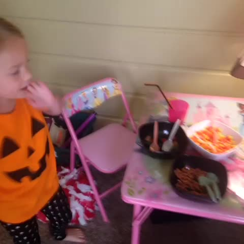 Katie Ryans post on Vine - Someone likes candy corn! - Katie Ryans post on Vine
