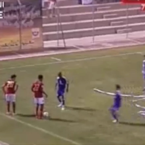 Football Goalss post on Vine - Some skills here i think 😮😳 #nasty #dope #dirty #skills #amzing #arabic #dammn - Football Goalss post on Vine