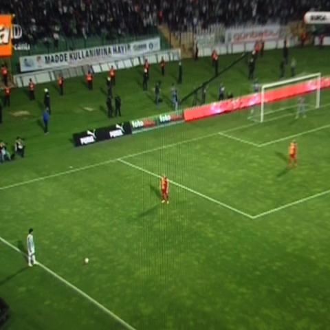Tribun Dergis post on Vine - Fernandaonun golu (1-0) - Tribun Dergis post on Vine