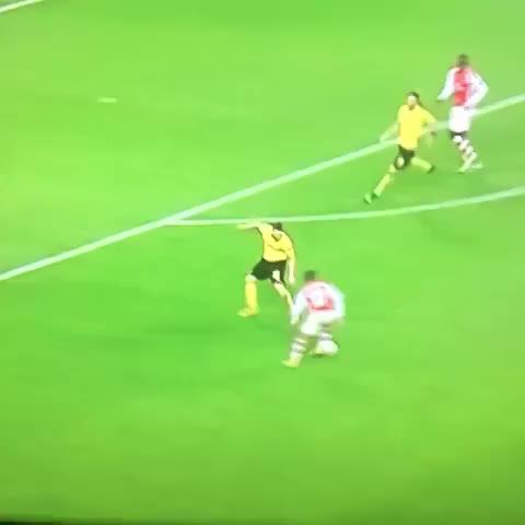 Sanchez: What a player - GolazoGoalss post on Vine