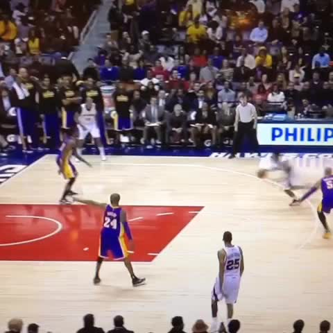 Jeff Teague Dunks All Over The Lakers Video