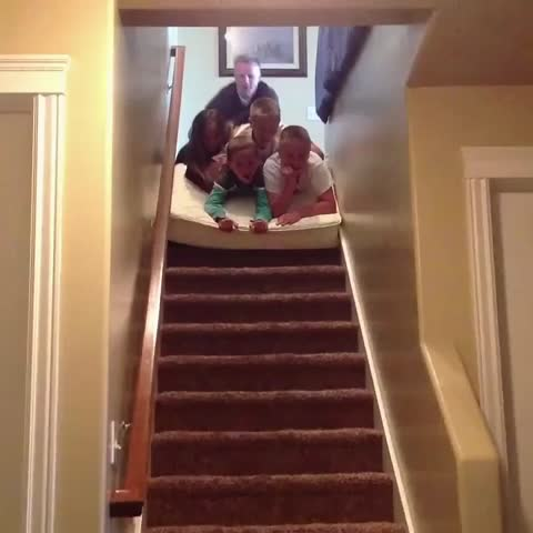 Vine by Americas Funniest Home Videos - Looking out for number one.
