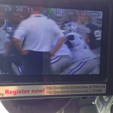 Cowboys rookie DeMarcus Lawrence was just carted off. @bluestarblog Heres how he hurt his leg: - Pat Doneys post on Vine