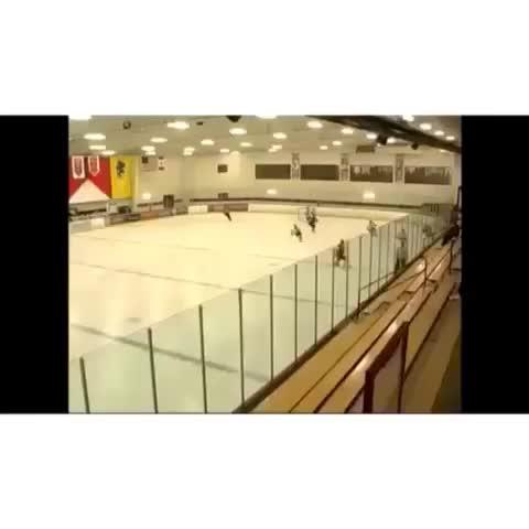 Top Shelf™s post on Vine - Massive Hit 😳😍 #hockey - Top Shelf™s post on Vine