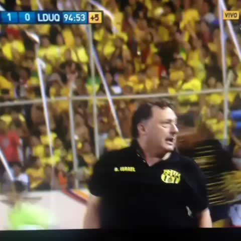 Luigimbs post on Vine - Vamos ídolo !!! #UnidosSomosInvencibles #BSC #FamiliaAmarilla - Luigimbs post on Vine