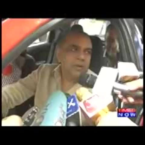 Vine by TIMES NOW - If they (students) see Gajendra (Chauhan) as a karyakarta, then do they see a filmmaker in Rahul Gandhi?: BJP MP & actor Paresh Rawal